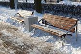 Banco del parque en invierno — Foto de Stock