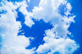Blue sky with white clouds — Stockfoto