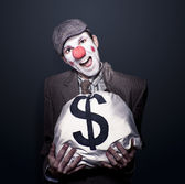 Bank Robber Clown Running With Bag Of Funny Money — Stock Photo