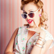 Foto de Stock  : Glamorous Retro Blonde Girl Thinking Fashion Ideas