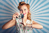Young Happy Vintage Woman With Old Film Camera — Stok fotoğraf