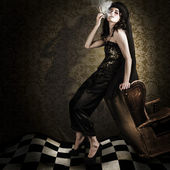 Fine Art Grunge Fashion Portrait In Dark Interior — Zdjęcie stockowe