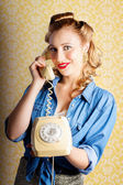 Hip Retro Girl Talking On Vintage Telephone — Stock Photo