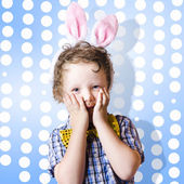 Adorable little kid wearing easter bunny ears — Stok fotoğraf