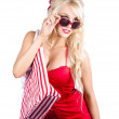 Blond woman shopping — Foto Stock