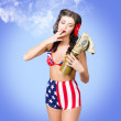 Beautiful American army pin-up girl — Stock Photo
