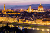 The Cathedral and the Brunelleschi Dome at sunset — Foto de Stock