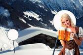 Tiroler oktoberfest woman with beer — Stock Photo