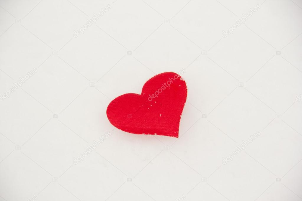Red heart on the snow — Stock Photo #19461101
