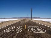 La route 66 deserto mojave saline — Foto Stock