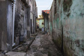 Grungy Back Alley — Stock Photo