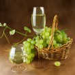 Still life with wine and grapes — Stock Photo