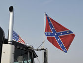 Confederate flag on truck — Photo