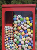 Vending machine with balls — Stok fotoğraf