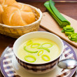 Fresh leek soup — Stock Photo