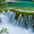 Waterfall in Plitvice Lakes park, Croatia — Stock Photo