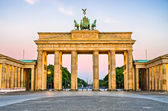 Brandenburger tor i berlin, tyskland — Stockfoto