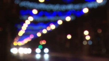 Out of focus Christmas street lights — Stock Video
