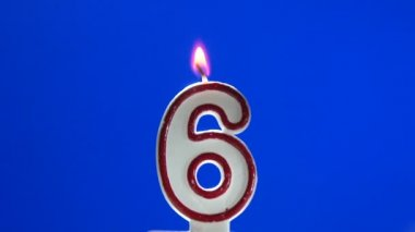 Number 6 - six birthday candle burning - blow out at the end — Stock Video
