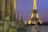 Eiffel tower from the Palais de Chaillot, Paris, Ile de France, — Stock Photo