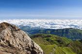 вверх выше облаков, французские пиренеи — Стоковое фото