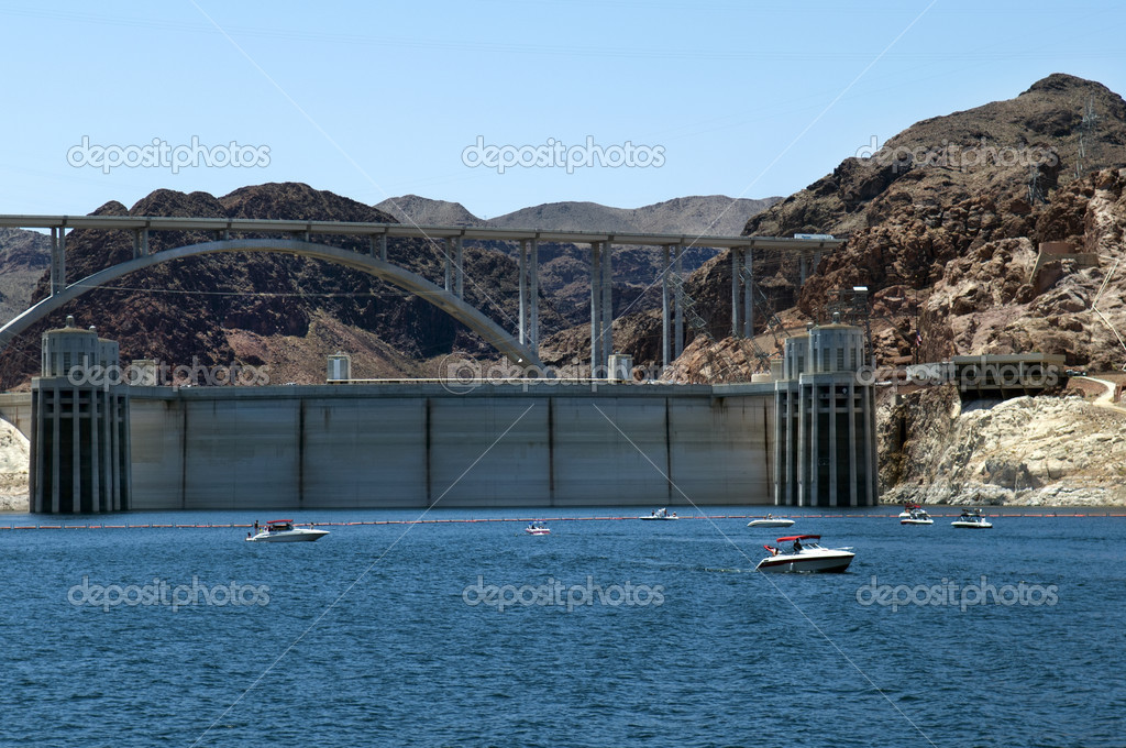 Hoover Dam , Lake  Mead and Colorado River Bridge, the dam on the Colorado River in Black Canyon, on the border of Arizona and Nevada, USA — Stock Photo #13471652