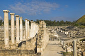 Roman columns , Beit Shean , Israel — Stock Photo