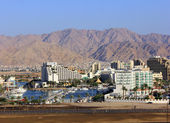 Eilat - marina and modern hotels on the Red Sea — Stock Photo