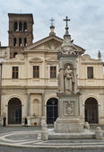 Basilica of St. Bartholomew on the Tiber Island, Rome — Stock Photo
