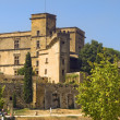 Lourmarin Castle ( chateau de lourmarin ), Provence, France — Stock Photo