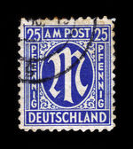 "Definitive stamp series ""M"" in denomination of 25 pfennig — Stock Photo"