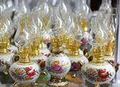 Nafta lampy malowane róże — Zdjęcie stockowe
