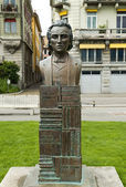 Monument to romanian poet Mihai Eminescu, Vevey, Switzerland — Stock Photo