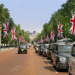 Traditional London taxis, black cabs — Stock Photo #34083233