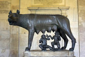 Famous Lupa Capitolina, Capitoline Museums, Rome — Stock Photo