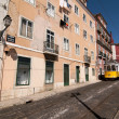 Yellow tram in Lisbon — Stock fotografie #16404967