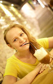 Girl in the cafe — Stock Photo