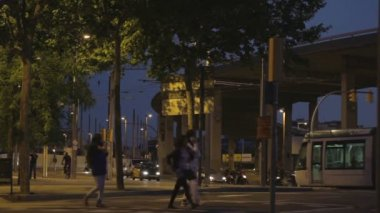 Night traffic in barcelona. time lapse. — Stock Video #13355366