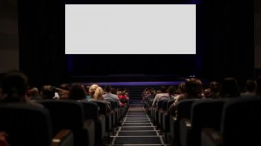 Viewers in the cinema house. Blank Screen — Stock Video