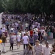 Walking at Park Kultury in Moscow, Russia. — Stock Video