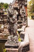 Statue in Pura Taman Ayun — Stock Photo