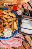 Big plate with fried chicken wings — Stock Photo
