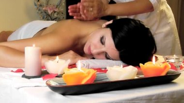 Woman getting massage — Stock Video
