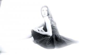 Model photo shoot in studio — Stock Video