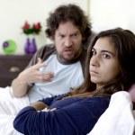 žena nechtěla poslouchat rozzlobený manžel — Stock fotografie #41571973