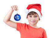Ragazza in possesso di un giocattolo di Natale — Foto Stock