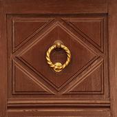 Antique brass doorhandle — Stock Photo