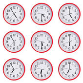 Clock shows the time of five to seven — Stockfoto
