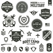 Military badges — Vector de stock