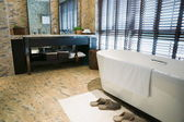 Lyxigt badrum — Stockfoto